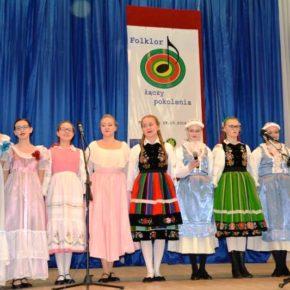 Folklor łączy pokolenia – warsztaty wokalno – taneczne i przegląd folklorystyczny
